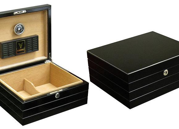 Onyx 50 Ct. High Gloss Black Humidor w/ Polished Hardware