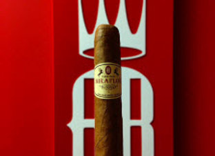 Alec Bradly Mira Flor Connecticut Robusto