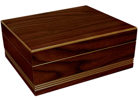 Duke 25-50 Count Routed Edge Cigar Humidor