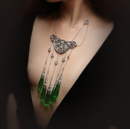 Poison Ivy emerald green crystal necklace