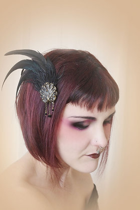 Coque Tail Hour hair fascinator