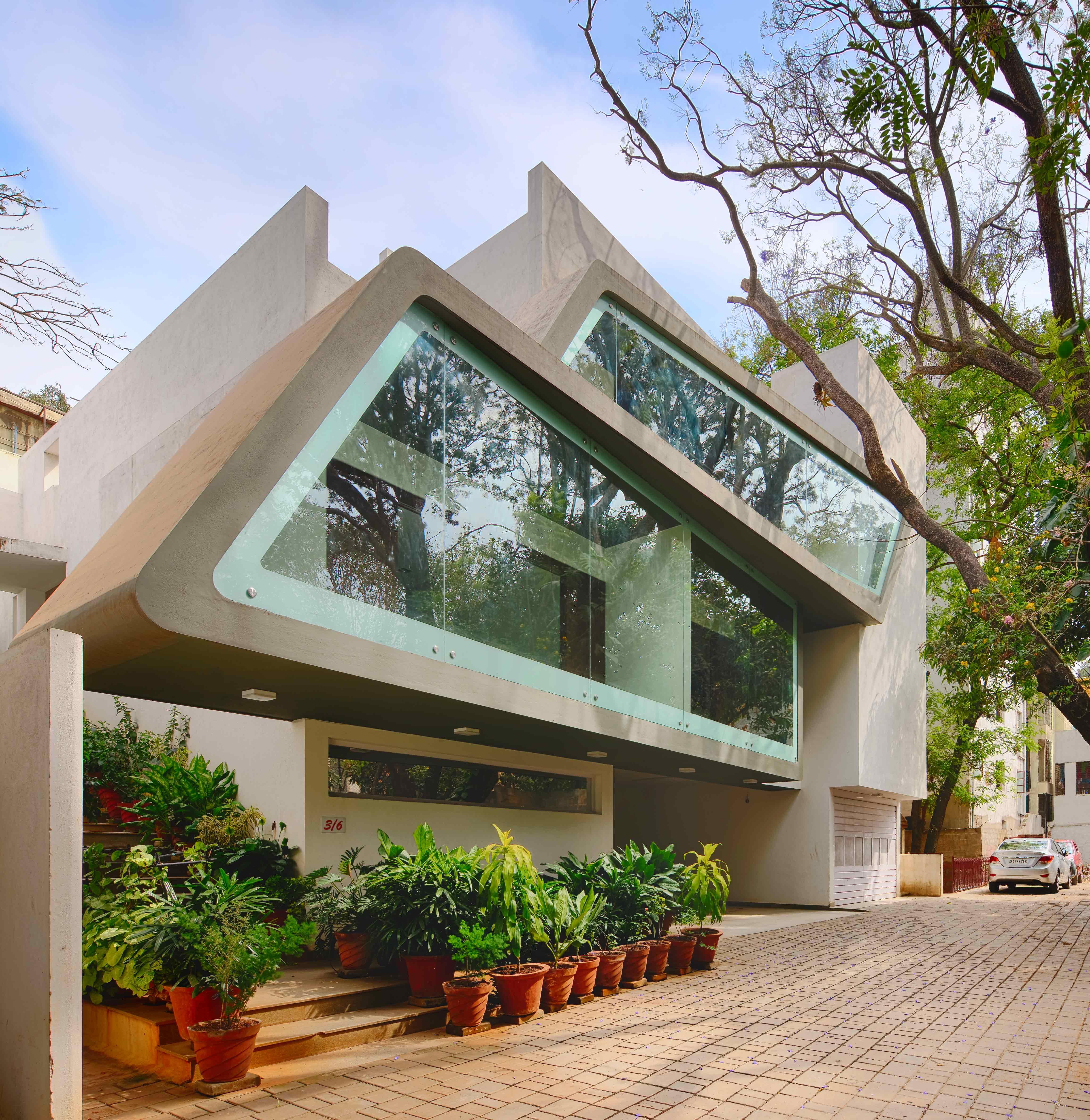 Dr. Sundaram, Bengaluru