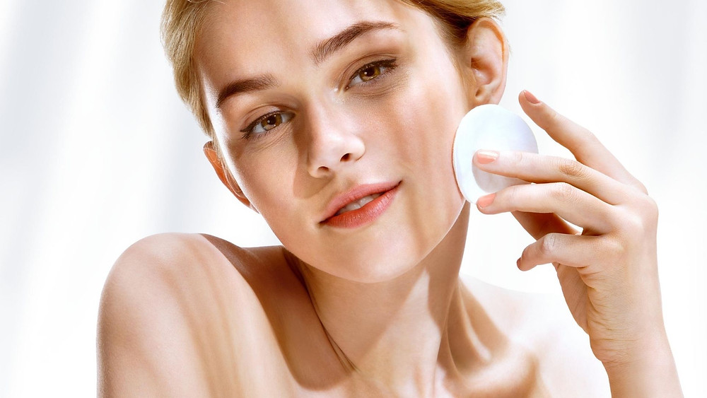 How-to: Create a Skincare Routine in 5 Easy Steps | Blog | The Moisturizers Co.