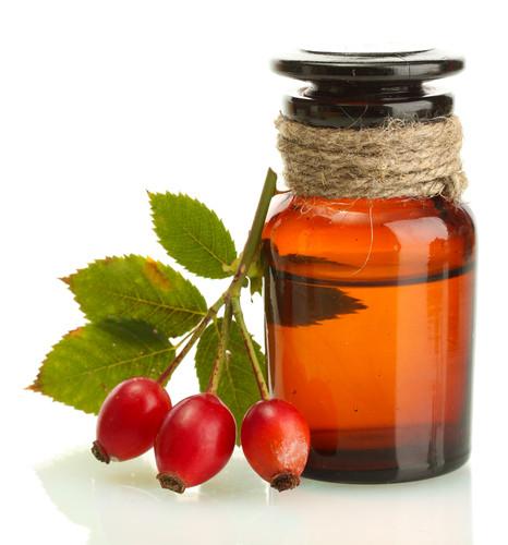Rosehip Oil skincare benefits | Skintelligence blog