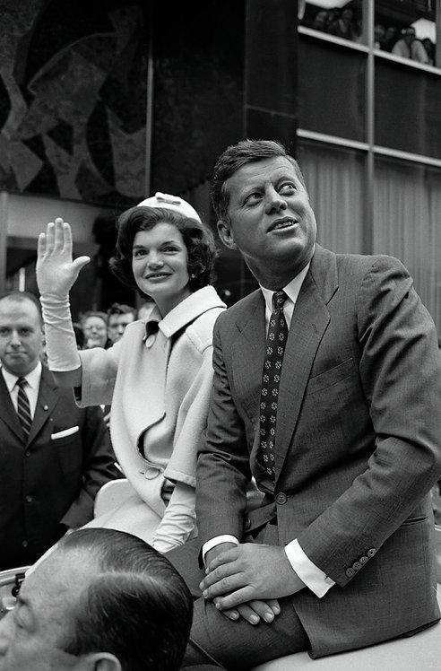 JACKIE & JOHN KENNEDY - NYC 1960