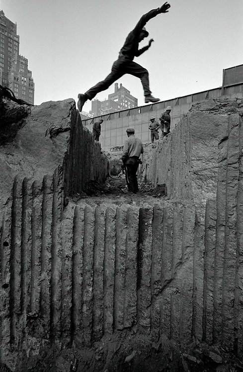 DIGGING 1/3 - CBS Building, the jump