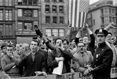 Protest United Nation Castro - Henri Dauman - The Manhattan Darkroom