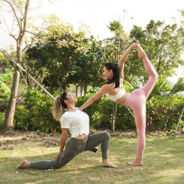Outdoor Charity partner yoga fundraising for Global warming