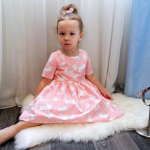 Платье нарядное Зайки на персиковом