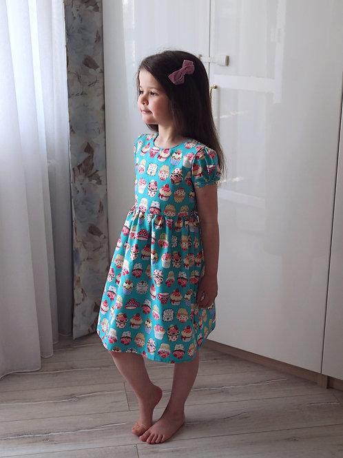 Нарядное платье Пирожные на бирюзе