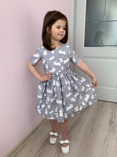 Платье нарядное Зайки на сером