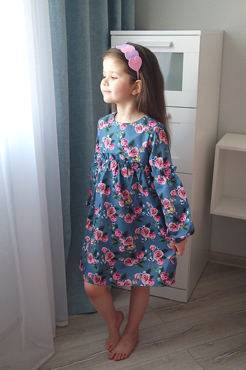 Платье Розы на темно-синем, с рюшами