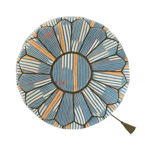 世界の布で作るプフ〈バウレ族のパーニュ〉from モロッコ・マラケシュ