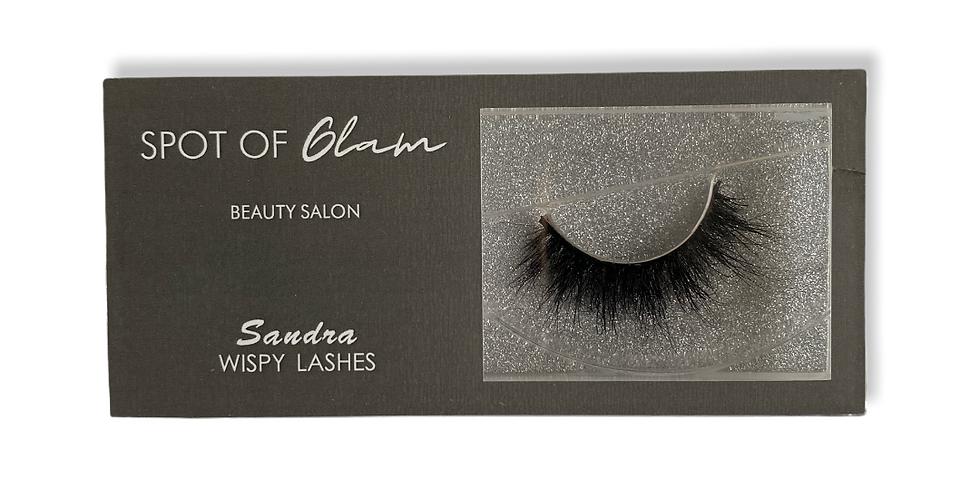 'Sandra' wispy lashes