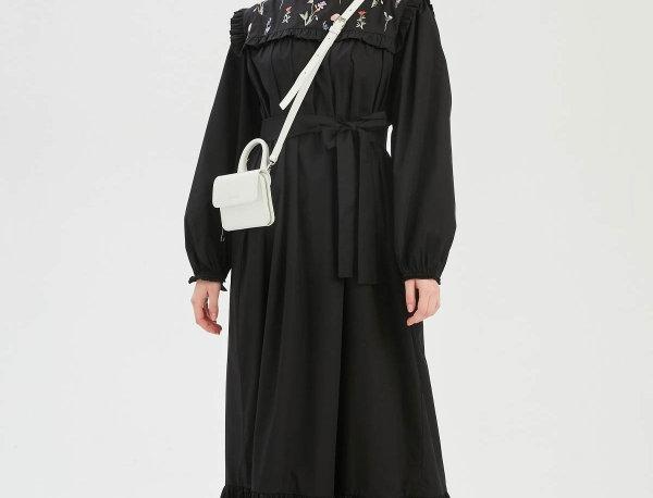 Robe Brodé Noir