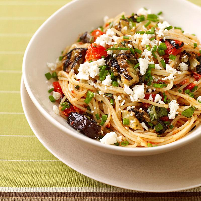 Garlic-Basil Chick'en Pasta