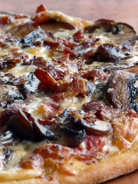 Smoked Hamm Pizza