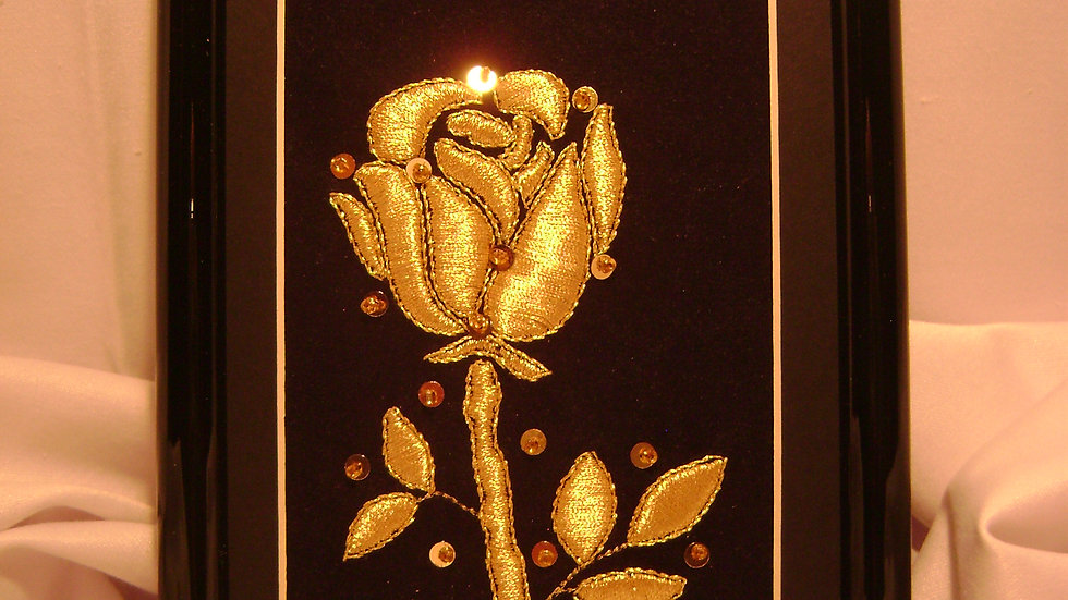 039 - Ukovirena slika mala zlatovez motiv Ruža
