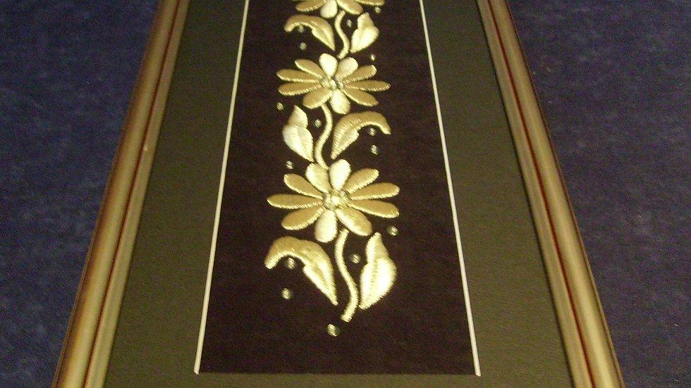 058 - Uokvirena slika velika zlatovez motiv Cvjetovi
