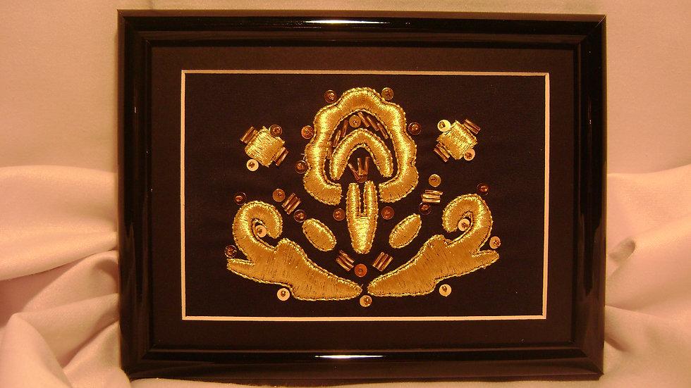 042 - Ukovirena slika mala zlatovez motiv s nošnje