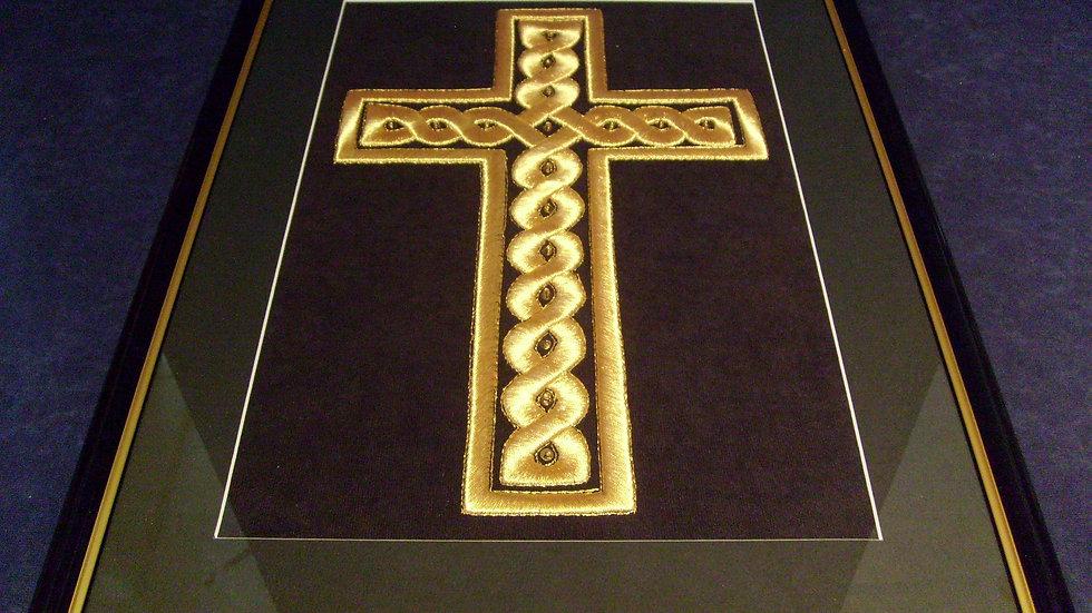 040 - Uokvirena slika velika zlatovez Križ u pleteru