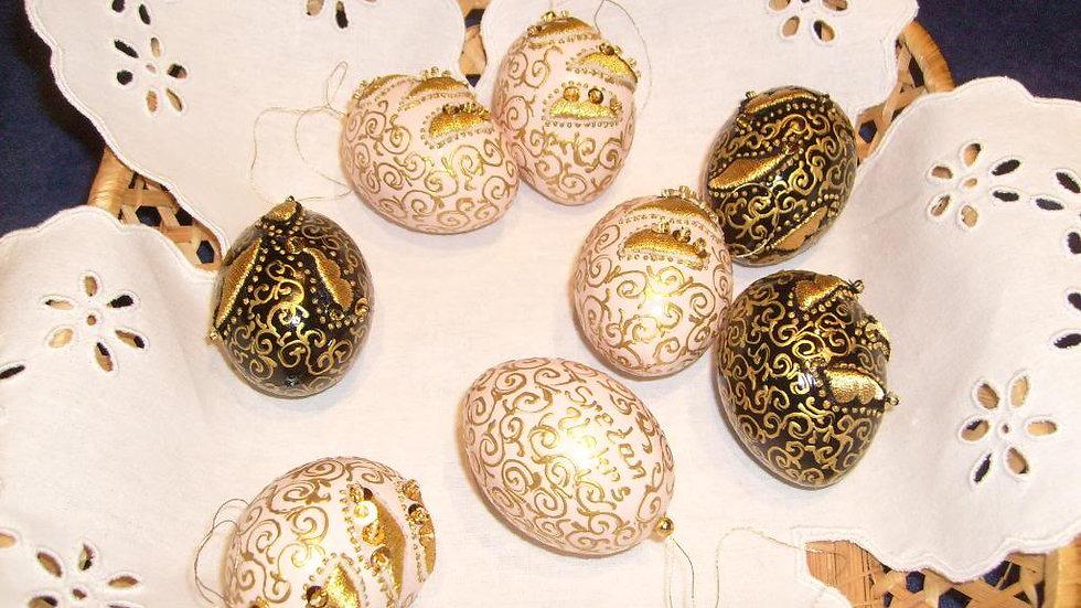 110 - Pisanice ukrašene zlatovezom