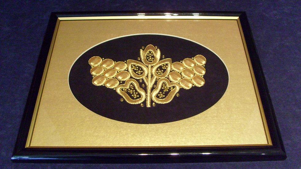 181 - Uokvirena slika velika zlatovez motiv s nošnje