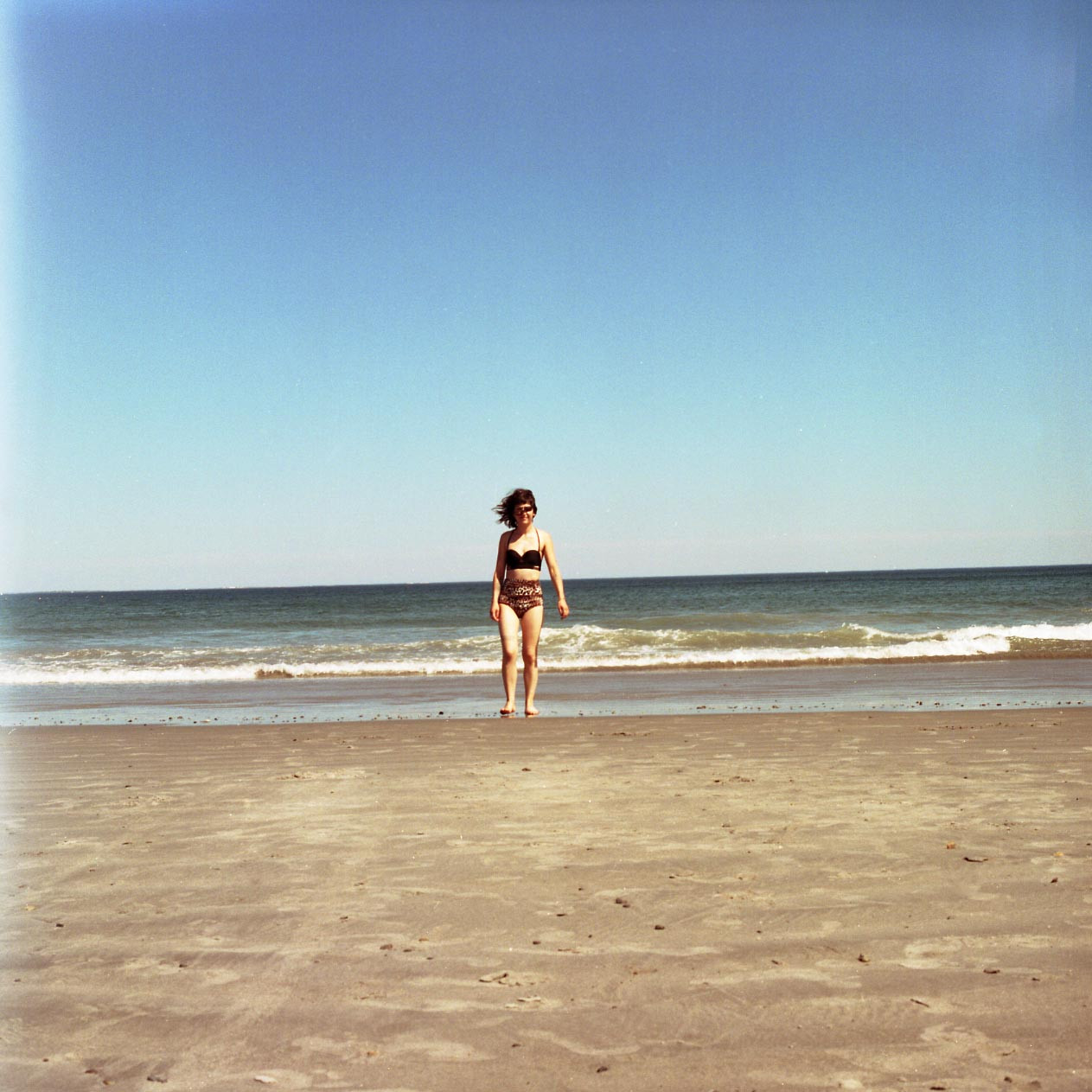 suze at beach