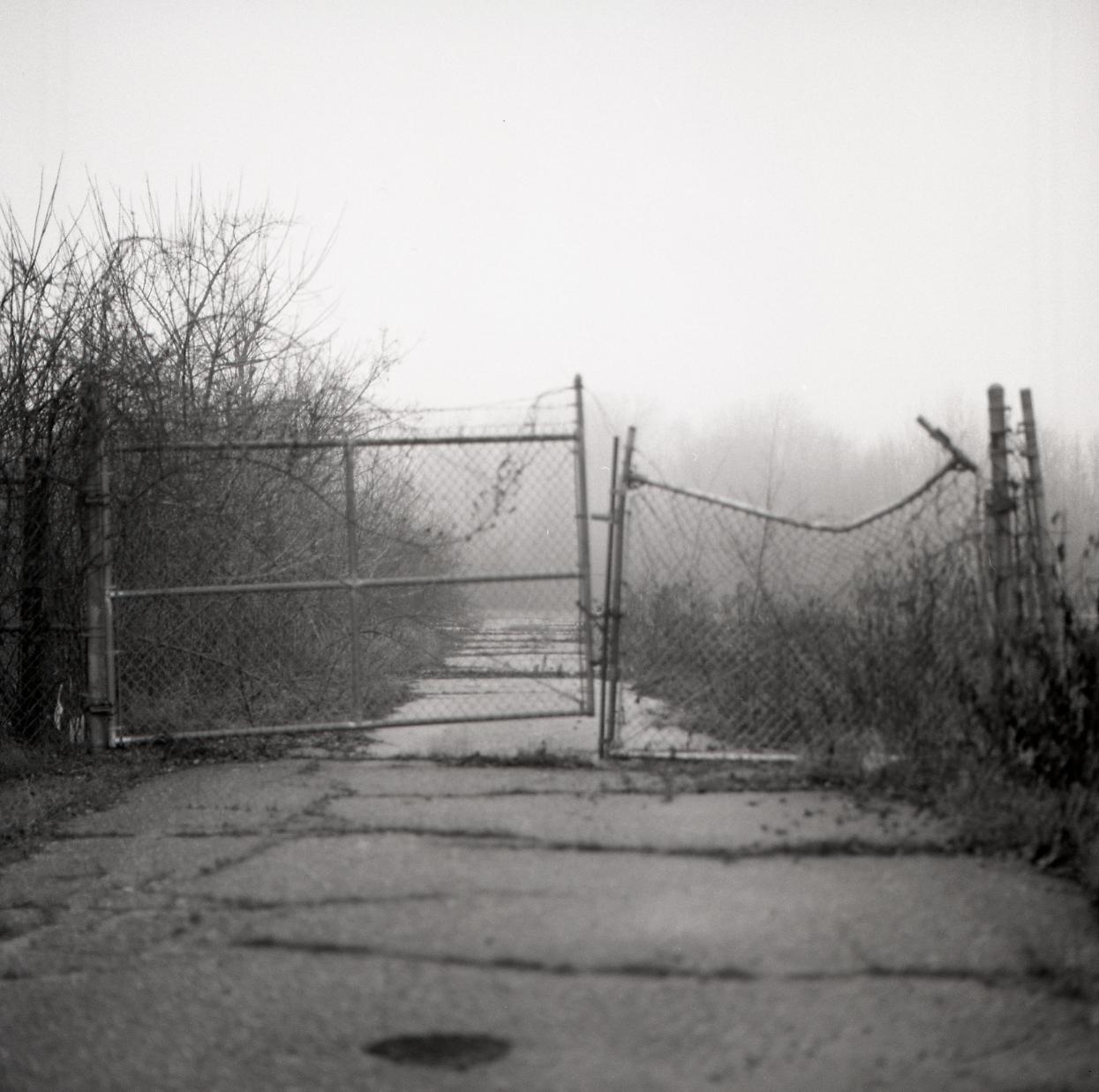 lisbon gate (2 of 3)