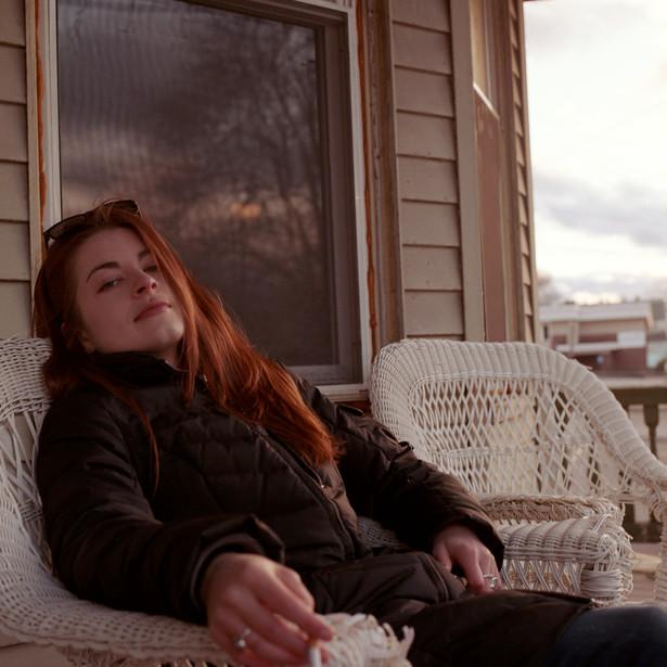 jess on porch