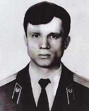 Дериглазов Юрий Валерьевич_лейтенант.jpg