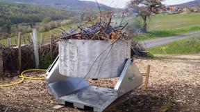 Pressemitteilung: Mit selbst hergestellter Pflanzenkohle die Umwelt retten!