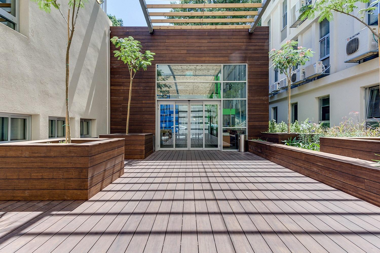 1בניין מנהל הנדסה עיריית תל אביב.jpg