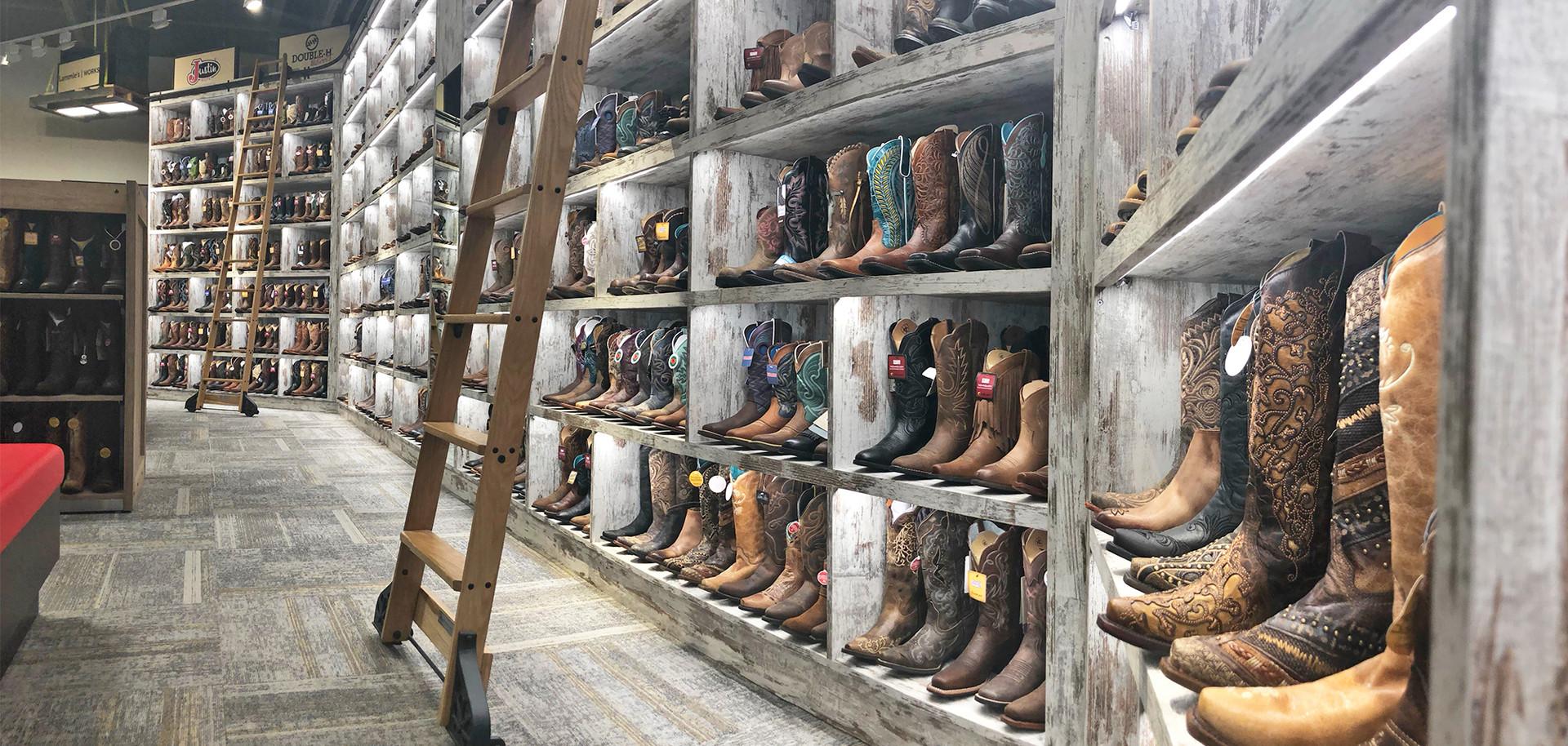Lammle's Lit Rustic Boot Wall