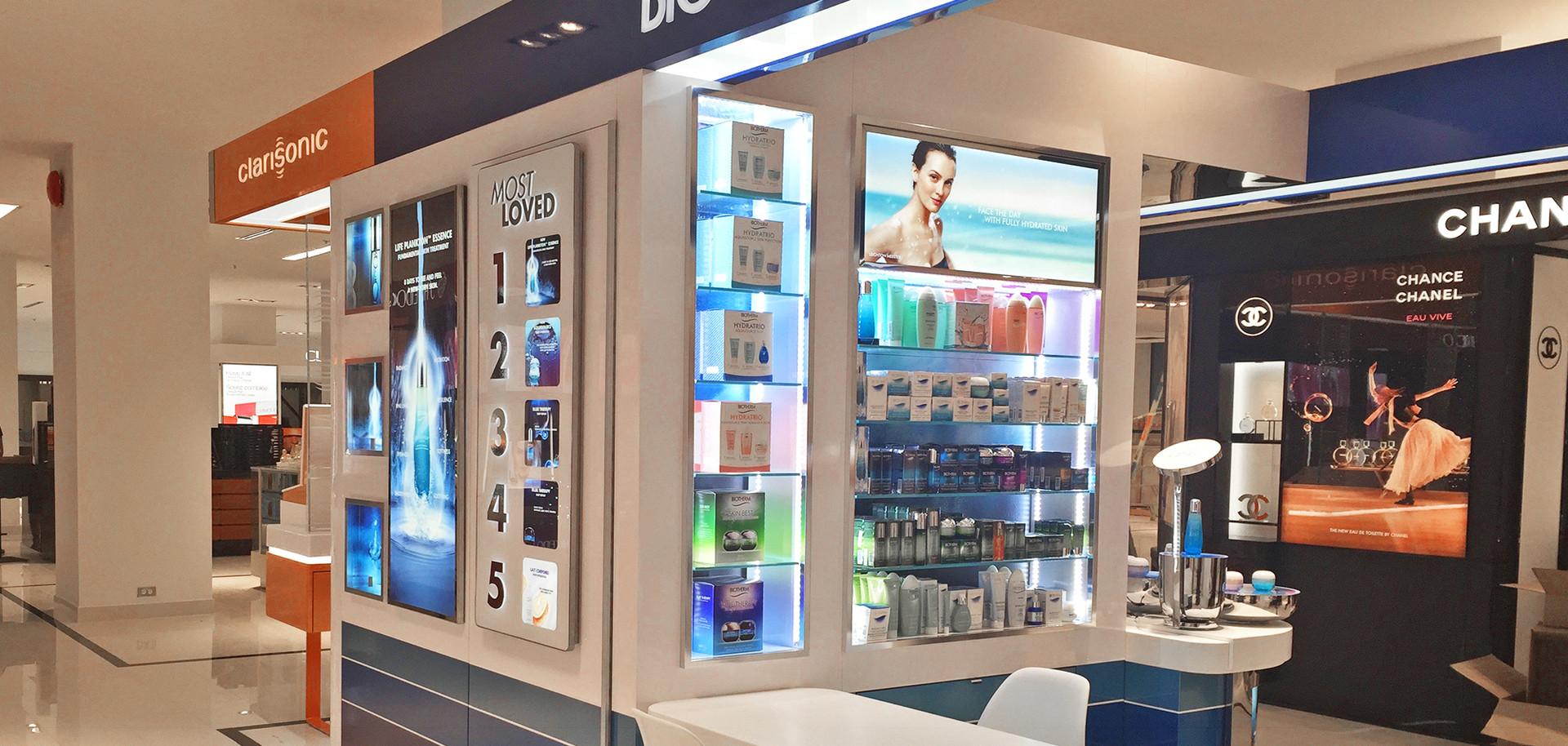 Biotherm pop up kiosk