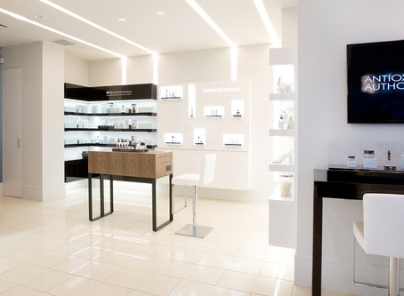Drawn to the Light – Why Light Your Store Fixtures?