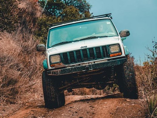 FOUR-WHEEL DRIVE: HOW IT WORKS AND WHEN TO USE IT