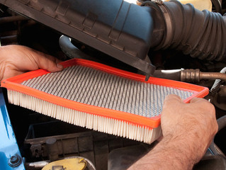 How to Replace an Engine Air Filter