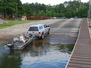 HOW TO LAUNCH A BOAT IN 5 EASY STEPS