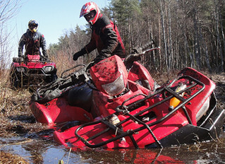 WHAT TO DO WHEN YOUR ATV GETS STUCK: 5 HELPFUL HINTS