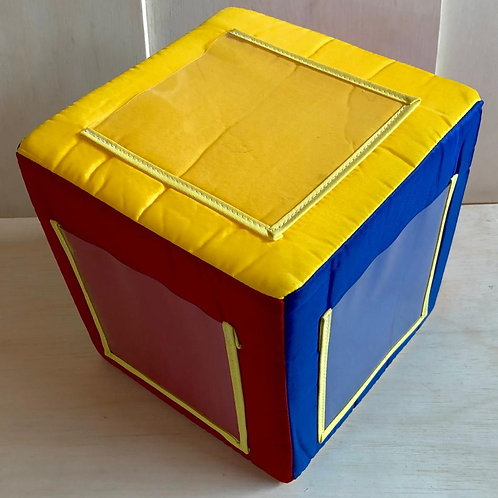 Cubo com bolso transparente