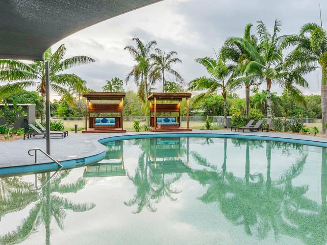 Coral Cove pool.jpg