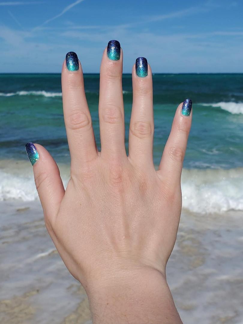 Mermaid_nails_mini_spa_vt.jpg
