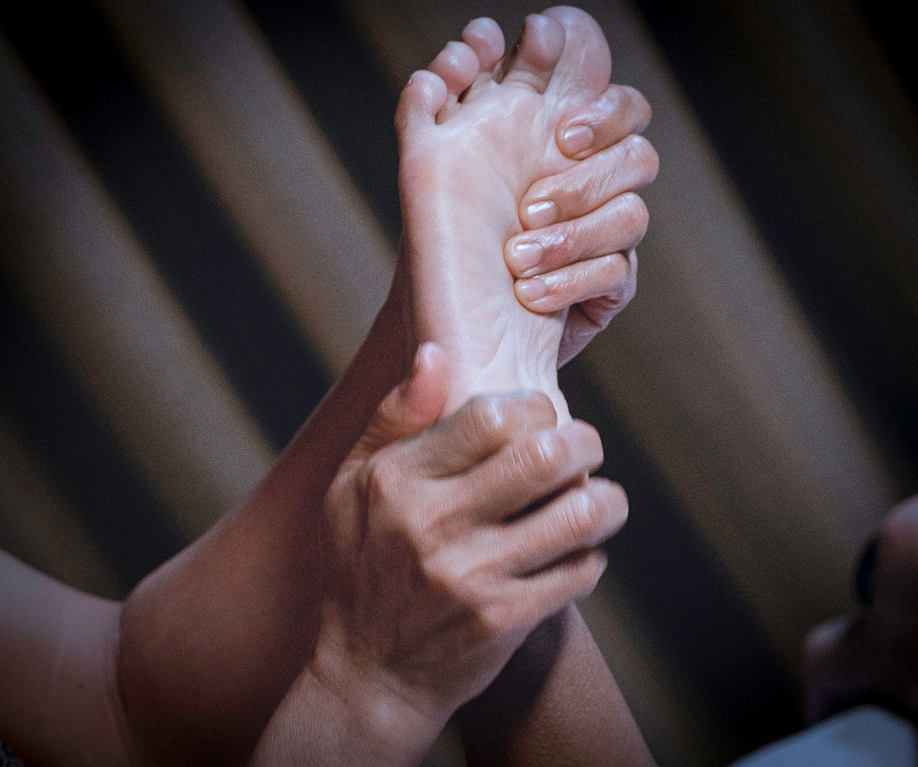 Foot_massage_mini_spa_vt.jpeg