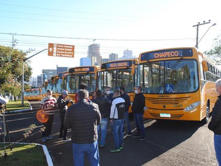 Transporte coletivo de Chapecó recebe 25 novos ônibus.