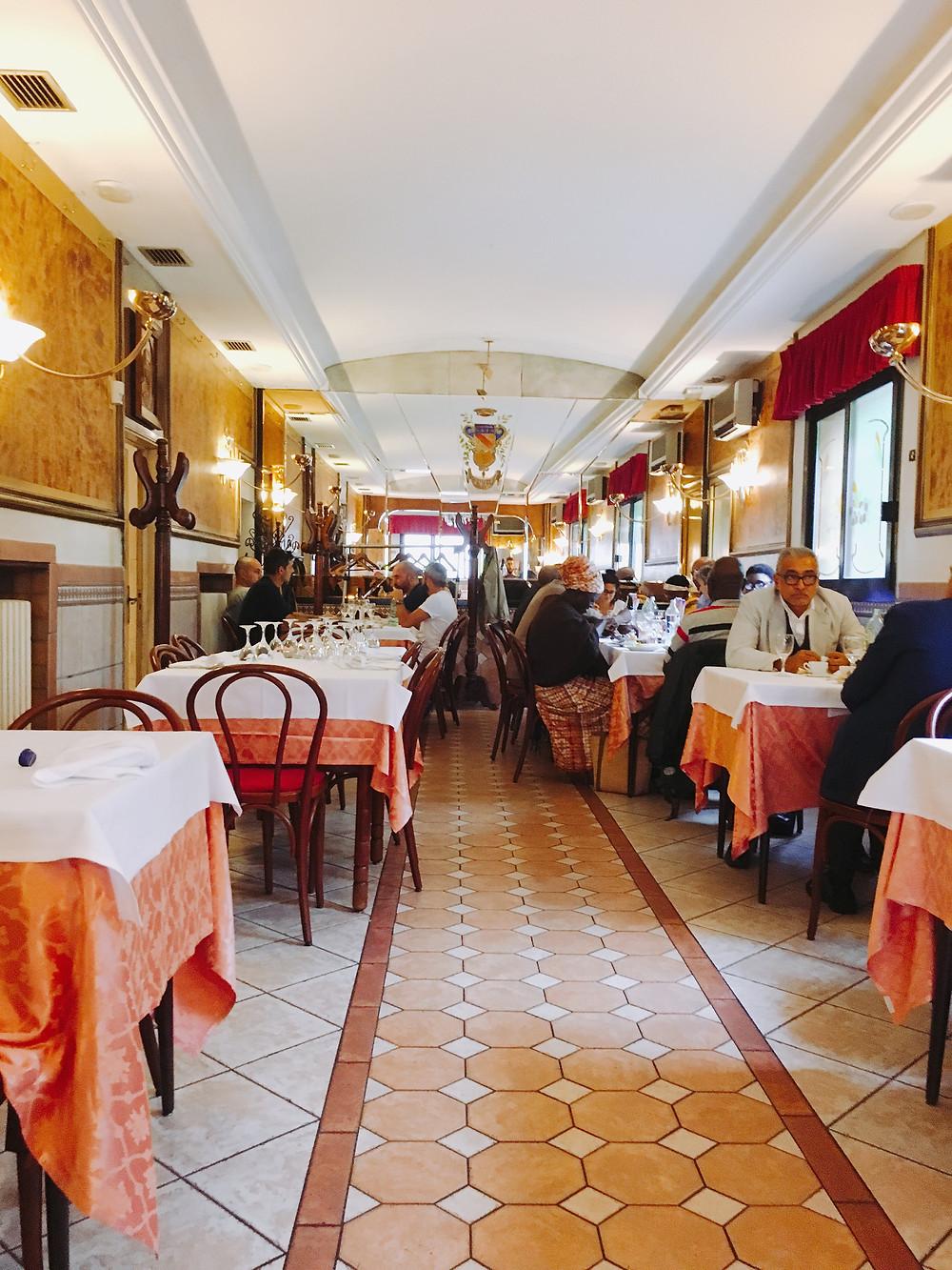 クレスッペラーノの名店。いい雰囲気です。