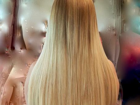 Haarverlängerung und Verdichtung