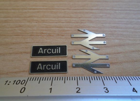 60089 Arcuil with double arrows