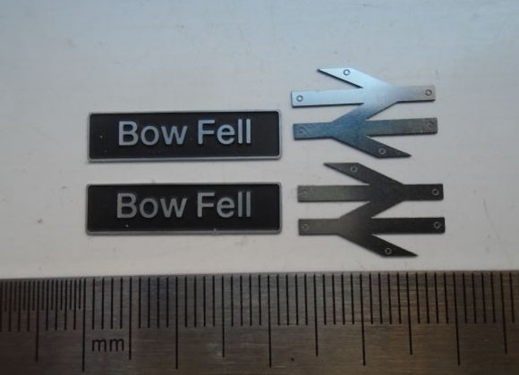60015 Bow Fell with double arrows