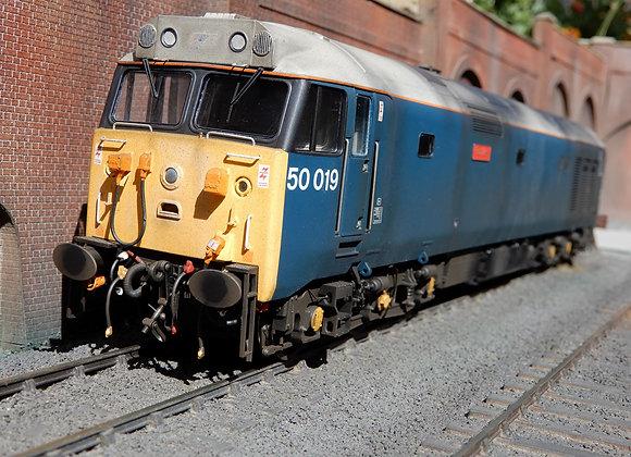 Heljan O gauge Class 50019 Ramillies,